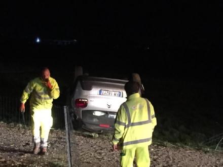 VENARIA-SAVONERA - Ubriaco al volante provoca incidente: sei persone ferite, tra cui due bambini