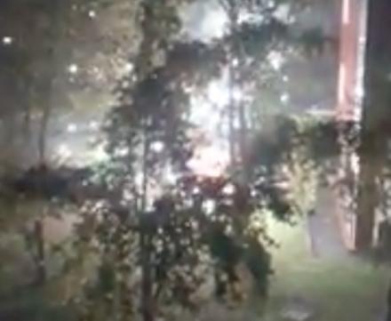 VENARIA - Auto distrutta e due danneggiate dalle fiamme in via San Marchese