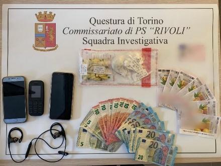 RIVOLI-COLLEGNO-GRUGLIASCO - Spaccio di droga: arrestato il pusher e il suo autista