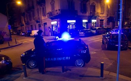VENARIA-TORINO - Vogliono comprare droga ma sono due carabinieri: pusher arrestato - FOTO