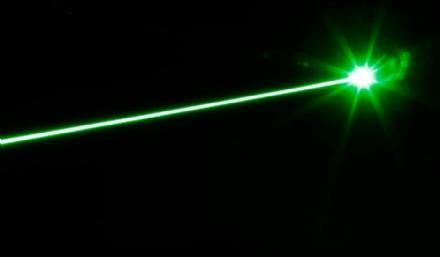 CASELLE - Raggi laser contro gli aerei in fase di atterraggio: nuovi casi segnalati