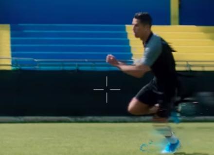 RIVOLI - Ronaldo nel campo dellFcd Rivoli Calcio per girare uno spot televisivo