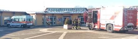 BORGARO - Evacuata la scuola materna di via Savant per una sospetta fuga di gas