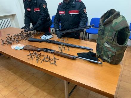 TORINO-COLLEGNO - Assalto a portavalori sventato dai carabinieri dopo un lungo inseguimento