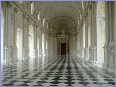 VENARIA - Fino al 31 dicembre 2020 ci si potrà sposare nella «Sala di Diana» alla Reggia