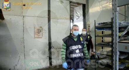 SAN GILLIO-LA CASSA - Contraffazione, lavoro nero, reati ambientali: imprenditore nei guai FOTO E VIDEO