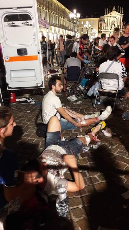 CRONACA - Decine di tifosi juventini feriti negli ospedali di Venaria, Ciriè e Rivoli