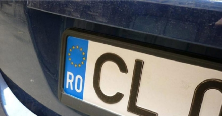 CASELLE - Auto con targhe straniere: venti veicoli sequestrati e sanzioni per 28mila euro