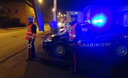 COLLEGNO - In auto completamente ubriaco: denunciato dai carabinieri