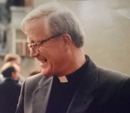 VENARIA - La comunità religiosa dice addio a don Luciano Carrero