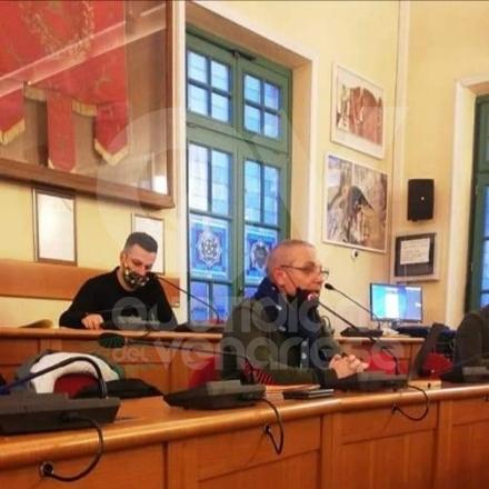 VENARIA - Tinozzi: «Mi danno del mafioso? Era meglio dellndranghetista...». Monta la polemica