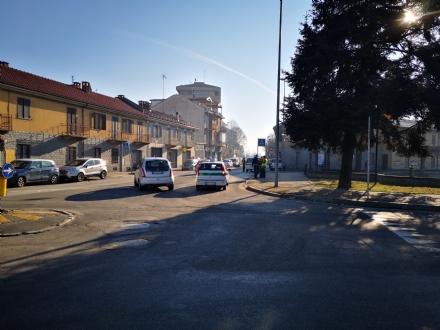 COLLEGNO-SAVONERA - Donna investita da unauto sulle strisce pedonali: ora è in ospedale
