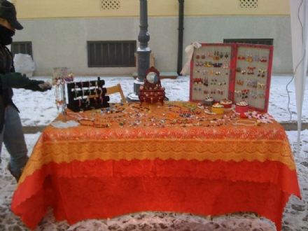 VENARIA - Tornano i «Mercatini Reali»: da maggio a novembre nelle piazze della città