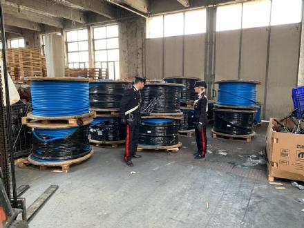 BORGARO - Blitz dei carabinieri in unazienda: recuperate 25 tonnellate di rame rubato a Torino
