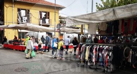 VENARIA - Confermato il mercato di viale Buridani: le categorie commerciali confermate