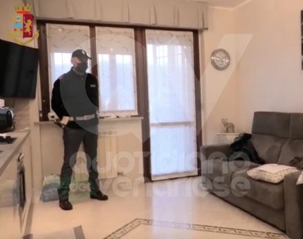 BORGARO-CASELLE - Nullatenente per lo Stato, usuraio di professione: arrestato dalla Polizia