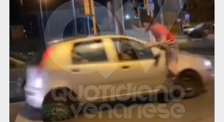 RIVOLI - Allarme «planking challenge»: ragazzi si filmano mentre provano a evitare le auto in corsa