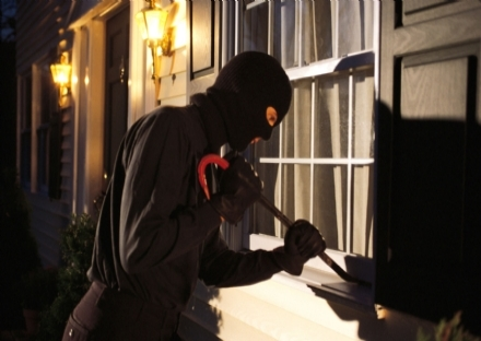 BORGARO - Ancora tentativi di furto in città: aumenta il malumore