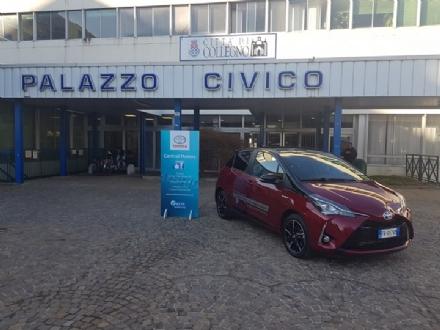 COLLEGNO - Svolta «green» a Palazzo Civico: lauto di servizio sarà ibrida