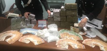 TORINO-VENARIA - Arrestato il venditore di panini davanti allo stadio della Juve: era uno spacciatore