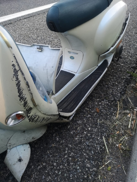 COLLEGNO - Perde il controllo dello scooter in tangenziale: 32enne rimane ferito