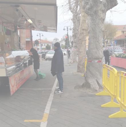 DRUENTO - Torna il mercato in via Castello e largo Oropa, con accessi contingentati