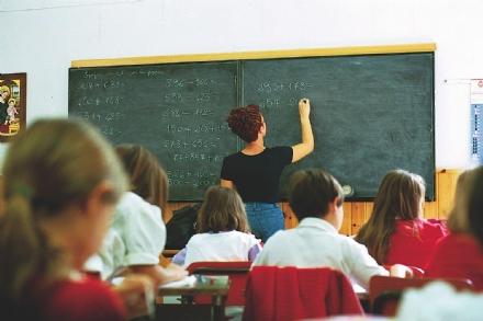 SCIOPERO GENERALE NELLE SCUOLE - Domani lezioni non garantite