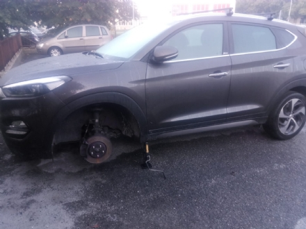 VENARIA - Furti nelle auto parcheggiate nel quartiere di Altessano