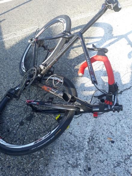 CASELLE - Ciclista si frattura il braccio dopo essere caduto lungo la nuova ciclabile