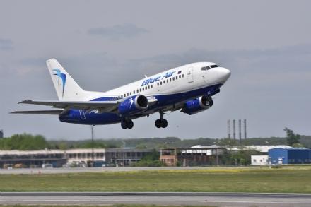 CASELLE - Dal 7 settembre voli da e per Bari e Cagliari con Blue Air