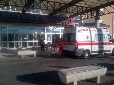 RIVOLI-VENARIA - Dottoressa aggredita e minacciata di morte in pronto soccorso: 45enne arrestato