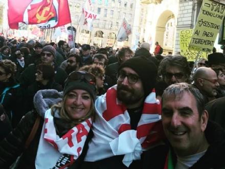 MANIFESTAZIONE NO TAV - In 70mila per esprimere la contrarietà alla Torino-Lione