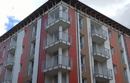 COLLEGNO - Consegnata al Comune la palazzina Atc di via Leopardi: 32 nuovi alloggi