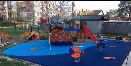 COLLEGNO - Nuove aree gioco nelle scuole materne e negli asili nido cittadini