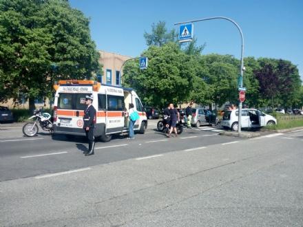 VENARIA - Ennesimo incidente in corso Alessandria: due persone rimaste ferite