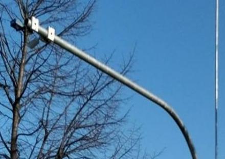 GRUGLIASCO - Entrano in funzione i varchi elettronici: controlli per revisioni, bolli e assicurazioni