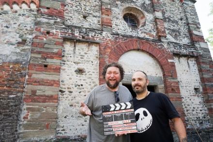 PIANEZZA - Concluse alla Pieve di San Pietro le riprese del film