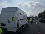 VENARIA-BORGARO - Scontro in tangenziale: tre auto coinvolte, due i feriti - immagine 10