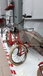 VENARIA - Biciclette, tricicli vintage e gli antichi mestieri: la nuova mostra di Antonio Iorio - immagine 11