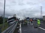 RIVOLI-COLLEGNO - Doppio incidente in tangenziale: auto contro guardrail e tir su una scarpata - immagine 13
