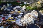 GRUGLIASCO - Grazie alle telecamere scovati 32 «furbetti dei rifiuti» - FOTO - immagine 14