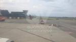CASELLE - Fiamme sul volo Torino-Roma: evacuati tutti i passeggeri FOTO - immagine 1