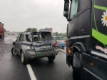 INCIDENTE IN TANGENZIALE - Due auto si scontrano per colpa della pioggia: un ferito - immagine 1