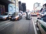 VENARIA - Incidente stradale in corso Garibaldi: traffico in tilt - FOTO - immagine 1