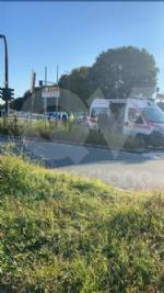 TORINO-VENARIA - Incidente allincrocio fra strada Altessano e corso Garibaldi: un ferito - FOTO - immagine 1