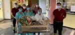 SOLIDARIETA - Uova di Pasqua e colombe donate da pompieri e polizia municipale a ospedali e residenze per anziani - immagine 3