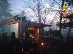 VAL DELLA TORRE - Incendio boschivo: riprese le operazioni, la preoccupazione non diminuisce - immagine 1