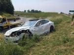 INCIDENTE IN TANGENZIALE - Scontro fra tre auto: coppia di Grugliasco finisce in ospedale - immagine 1