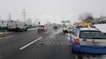 DELIRIO IN TANGENZIALE - Tir in panne e scontro tra due furgoni: caos e code chilometriche - immagine 1