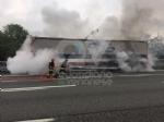 VENARIA-BORGARO - Il motore del tir prende fuoco: caos in tangenziale - immagine 1